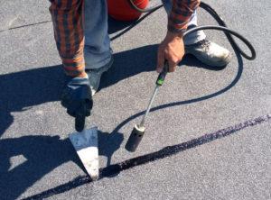 bitumen roofing repair liquid flame sealing